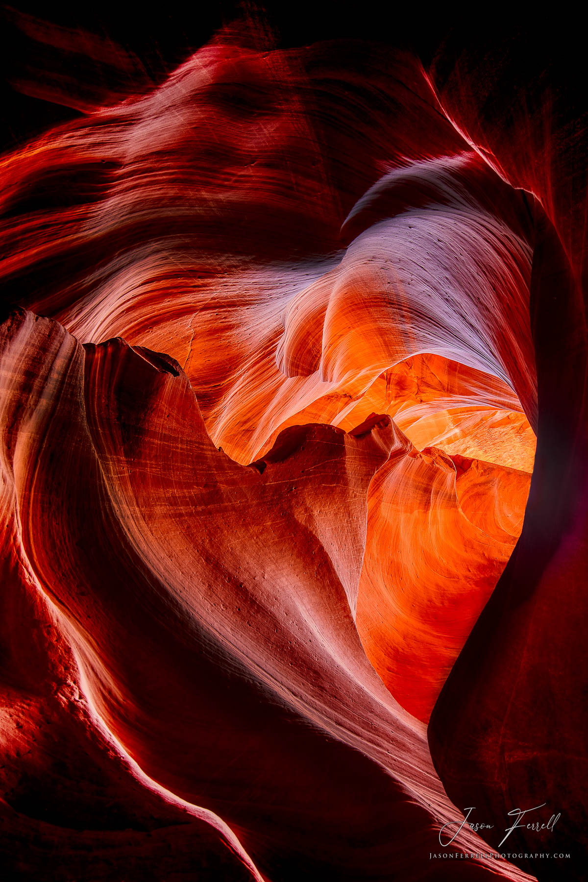 amarantine, antelope canyon, peter like, ghost, sandstone, rock, erosion, light, shadow, sun, light, heart, shape, photo