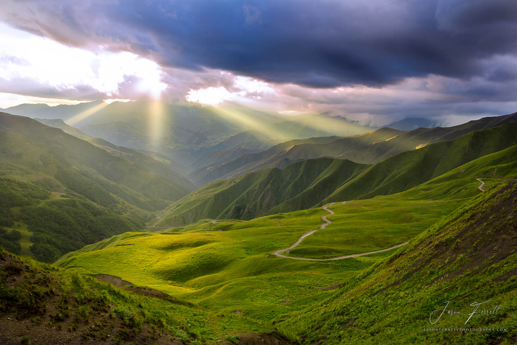 heaven, earth, sunlight, beams, sunset, sunrise, god, caucasus mountains, republic of georgia, world, photo