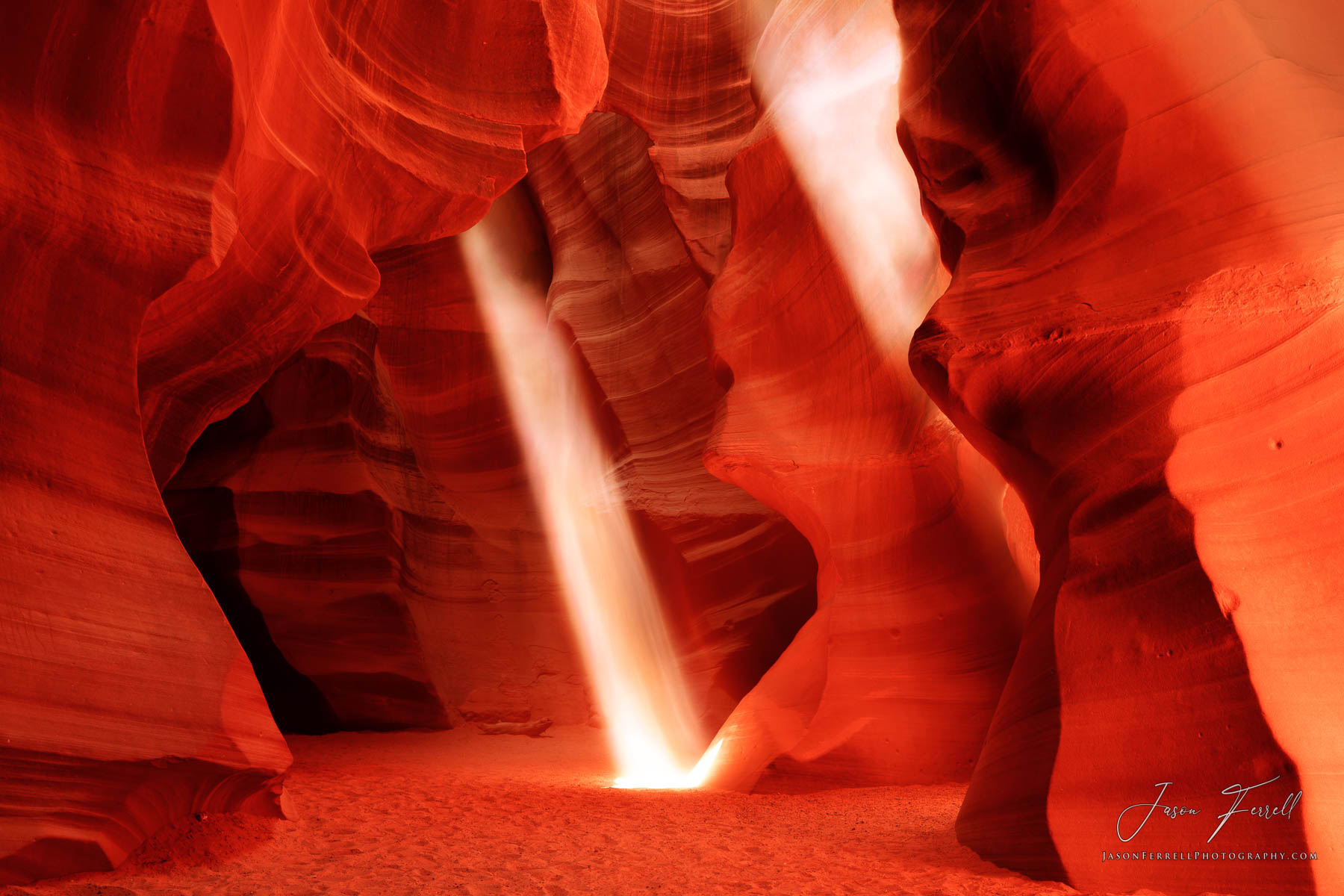 illuminate, antelope canyon, ghost, peter lik, navajo sandstone, rock, slot, sand, narrow passageway, light beam, sun, photo